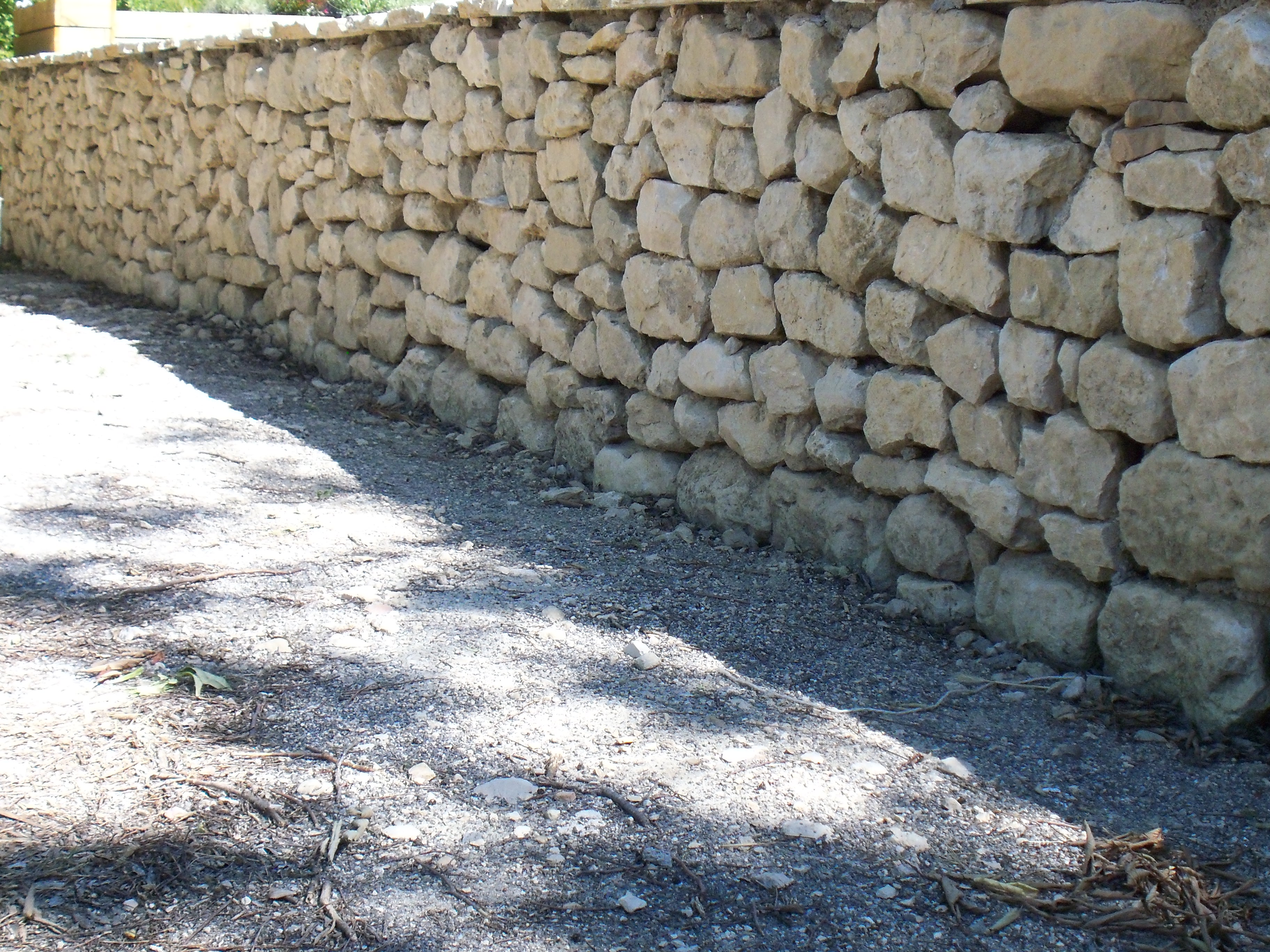 Dry Stone walling: Mr Hunter